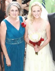 mom and wedding